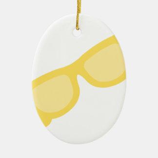 Vidrios amarillos de las gafas del inconformista adorno ovalado de cerámica