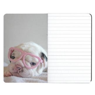Vidrios blancos del cachorro del dogo francés, min cuaderno grapado