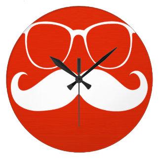 Vidrios blancos divertidos del bigote en rojo anar reloj redondo grande