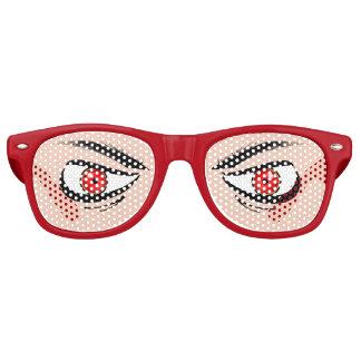 Vidrios con los ojos rojos malos gafas de sol