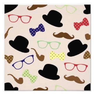 Vidrios del gorra del bigote y pajarita fotografías