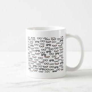 Vidrios del inconformista taza básica blanca