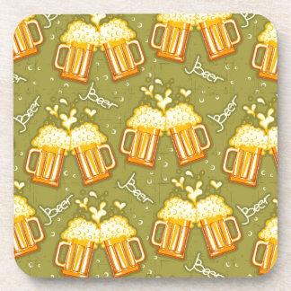 Vidrios del modelo de la cerveza posavasos de bebidas