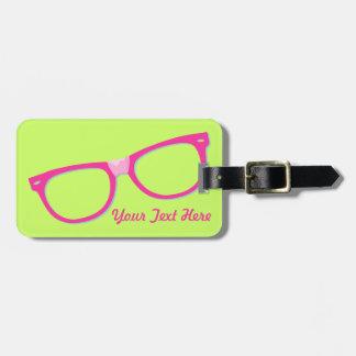 Vidrios rosados del empollón etiquetas para maletas