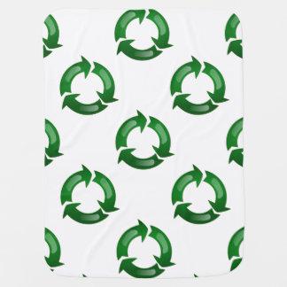 Vidriosos verdes reciclan símbolo mantita para bebé