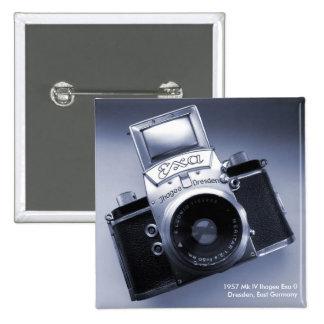 Vieja Camera (Mk 1957 IV Ihagee Exa 0) Pin Cuadrado
