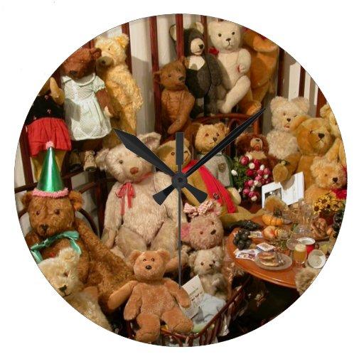 Vieja colección de los osos de peluche reloj redondo grande