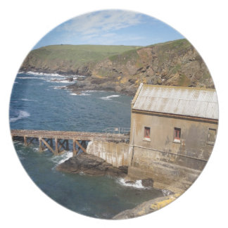 Vieja estación del bote salvavidas península del plato de cena