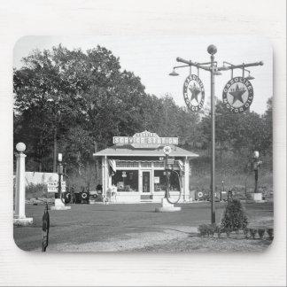 Vieja gasolinera 1925 tapetes de ratón