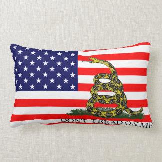 Vieja gloria/bandera de Gadsden combinada Cojin