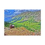 Vieja lona de la montaña de la mina del jeep impresion de lienzo