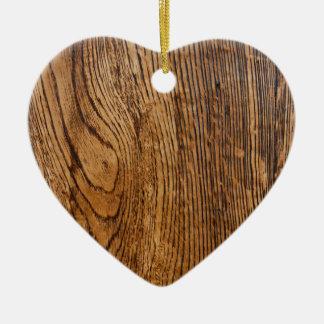 Vieja mirada de madera del grano adorno de cerámica en forma de corazón