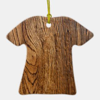 Vieja mirada de madera del grano adorno de cerámica en forma de camiseta