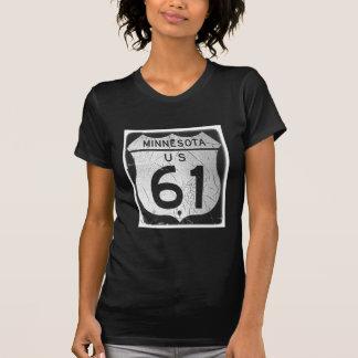 Vieja muestra de la carretera 61 camisetas