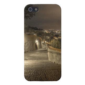 Vieja noche de Praga de las escaleras del castillo iPhone 5 Carcasas