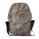 Vieja reliquia de talla de piedra bolsa de mensajeria