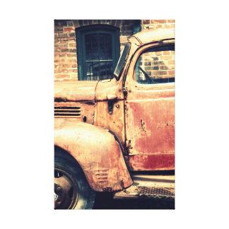 Vieja ruina del camión lienzo envuelto para galerías