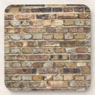 Vieja textura de la pared de ladrillo posavasos