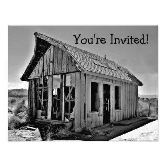 Viejas invitaciones abandonadas y detroyed de la c comunicados personales