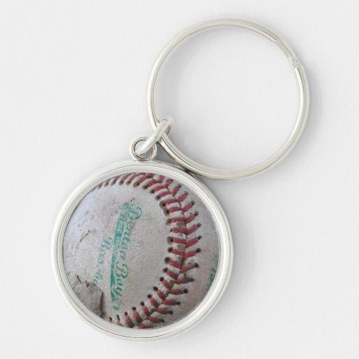 Viejo béisbol llavero redondo plateado