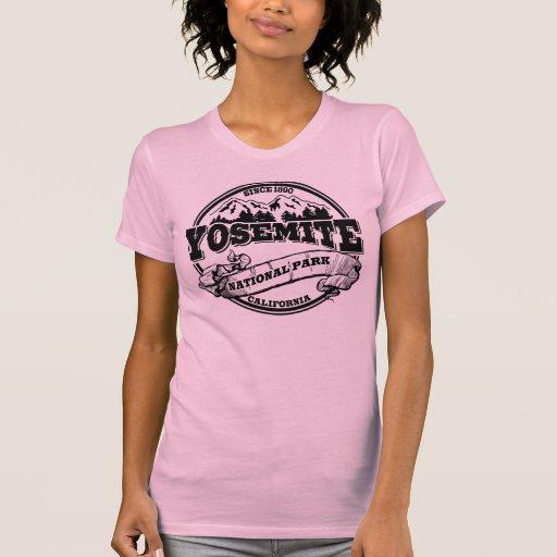 Viejo círculo de Yosemite para las luces Camisetas