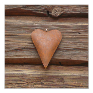 """Viejo corazón rústico en la madera de la cabaña de invitación 5.25"""" x 5.25"""""""