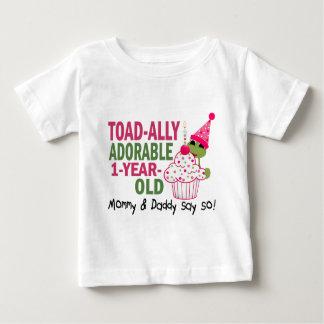 Viejo de un año adorable de Toadally Tshirt