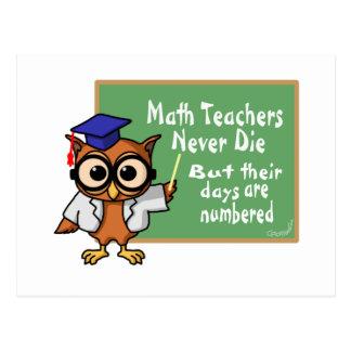 Viejo epitafio de los profesores de matemáticas tarjeta postal