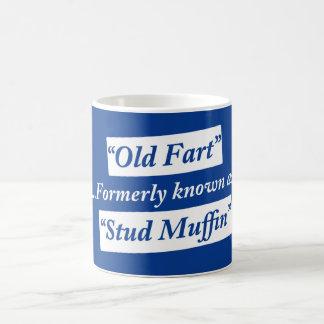 Viejo Fart conocido antes como mollete del perno p Taza Básica Blanca
