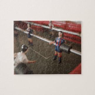 Viejo futbolista de la tabla puzzle