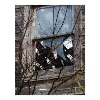 Viejo hogar dilapidado plantilla de membrete
