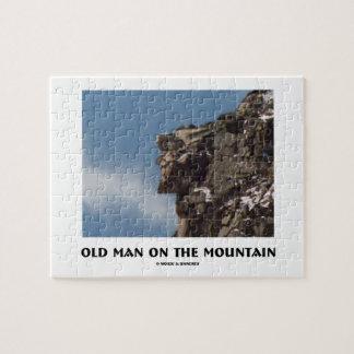 Viejo hombre en la montaña (ilusión óptica) puzzles con fotos