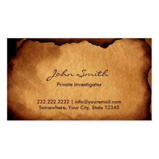Viejo investigador de papel quemado tarjetas de visita