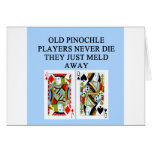 viejo jugador del pinochle tarjeton