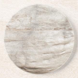 Viejo modelo blanco de madera de roble posavasos para bebidas