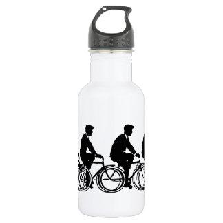 Viejo paseo de los ciclistas de las bicicletas de
