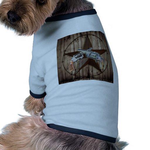"""viejo poste dual occidental rústico del arma """" camiseta con mangas para perro"""