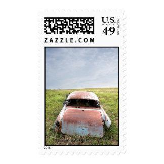 viejo sello oxidado del coche