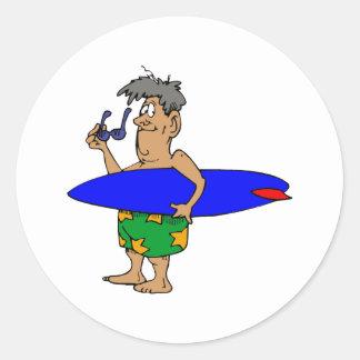 Viejo tipo de la persona que practica surf pegatina redonda
