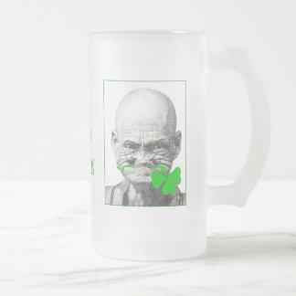 Viejo toque de bocina irlandés taza cristal mate