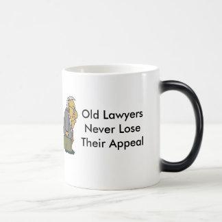 Viejos abogados tazas de café
