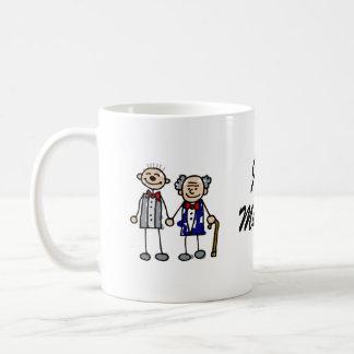 Viejos pares gay tazas de café