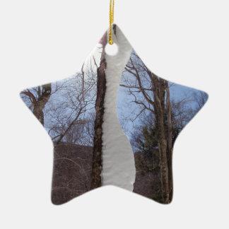 Viento y árbol esculpido nieve adorno navideño de cerámica en forma de estrella
