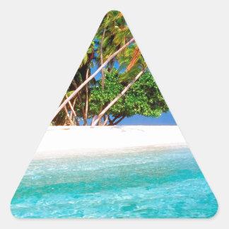 Vientos comerciales de la isla tropical maldivos pegatina triangular