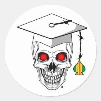 Vietnam veteran graduate skull classic round sticker