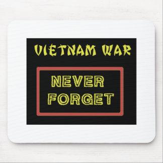 VIETNAM WAR VET - NEVER FORGET MOUSE PAD