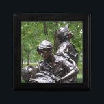 """Vietnam Womens Memorial Gift Box<br><div class=""""desc"""">Vietnam Womens memorial</div>"""
