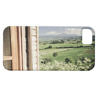 View across Tuscan landscape to farmhouse and iPhone SE/5/5s Case