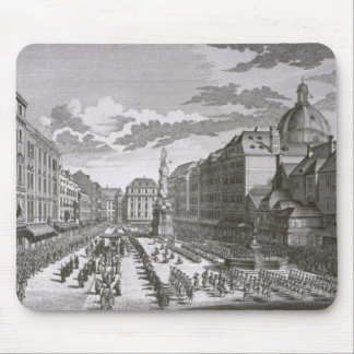 View of a procession in the Graben Mouse Pad