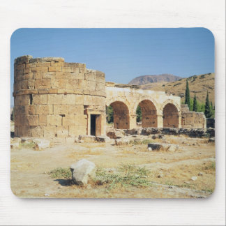 View of a triumphal arch mouse pad